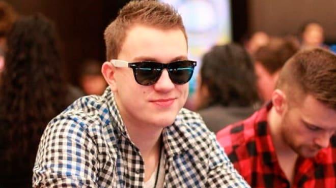 Лучший покерист 888poker Роман Романовский