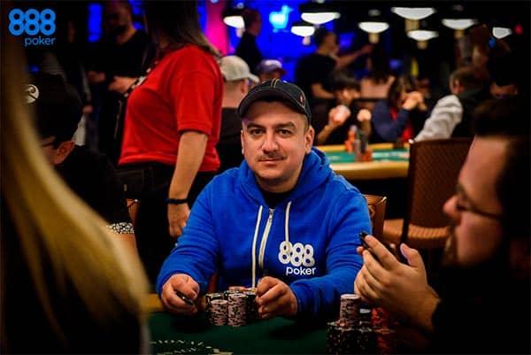 Покерист Маноле
